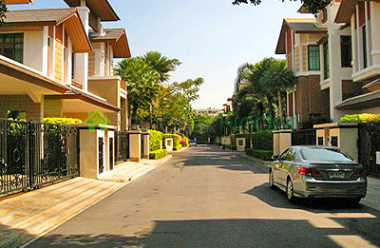 Phra Khanong,Bangkok,Thailand,4 Bedrooms Bedrooms,5 BathroomsBathrooms,House,5300